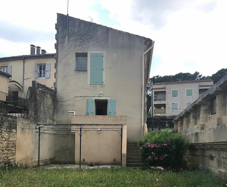 Maison à louer 4 82m2 à Remoulins vignette-1