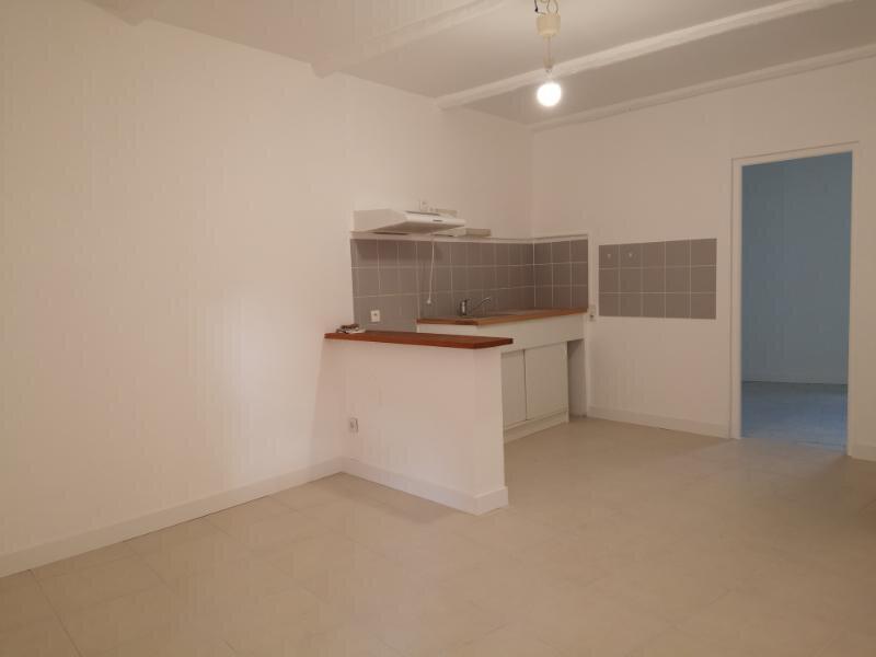 Appartement à louer 2 38m2 à Cabrières vignette-3