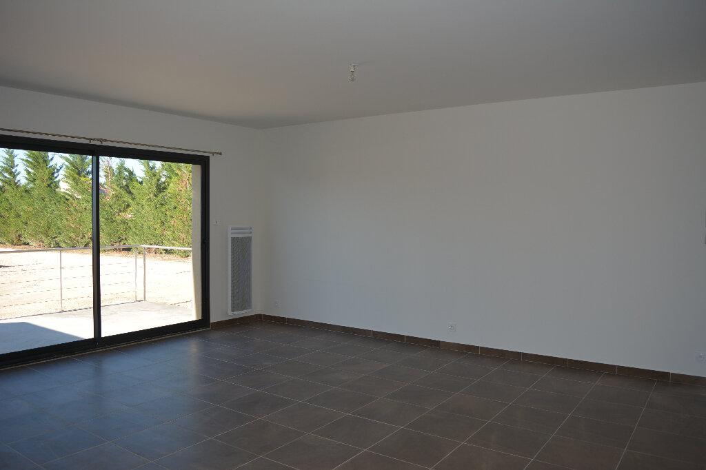 Appartement à louer 4 80m2 à Saint-Hilaire-d'Ozilhan vignette-2
