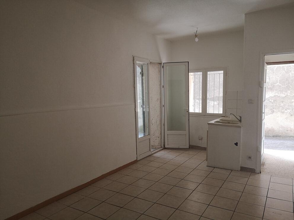 Appartement à louer 2 26m2 à Estézargues vignette-2