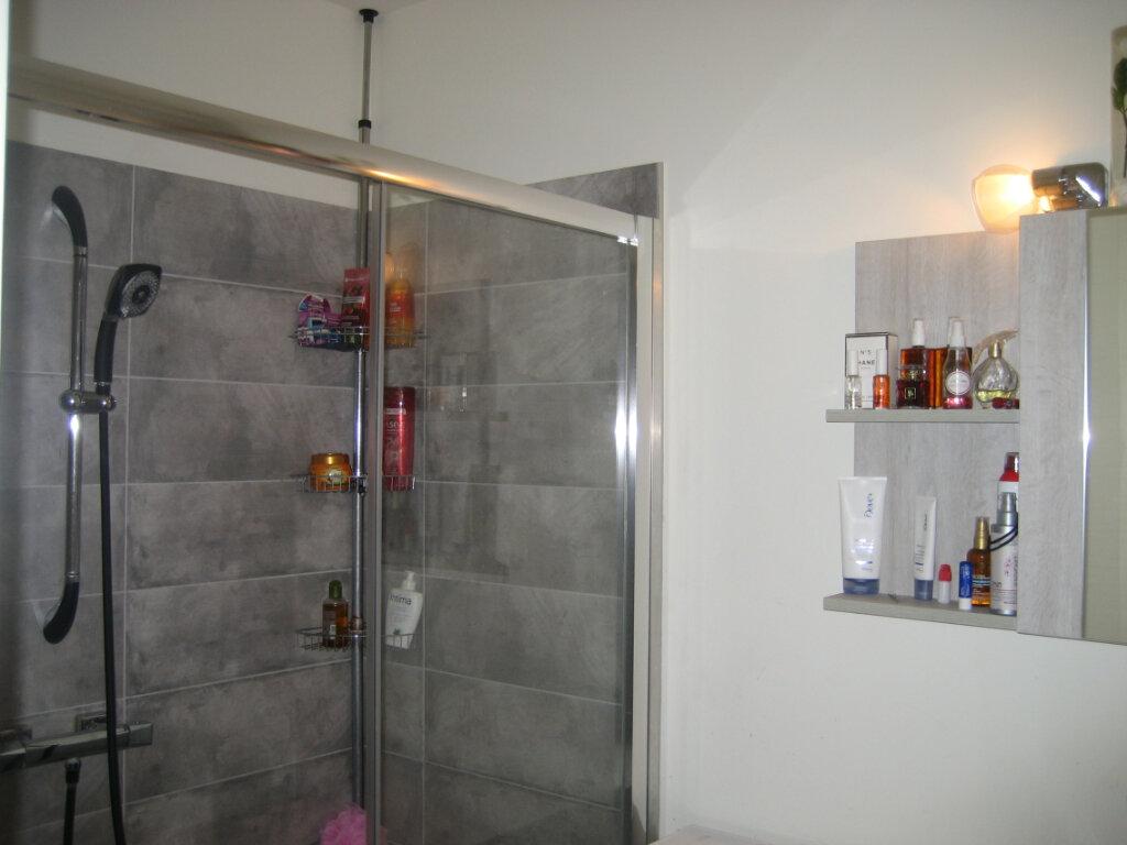 Appartement à louer 2 51.24m2 à Saint-Laurent-du-Var vignette-9