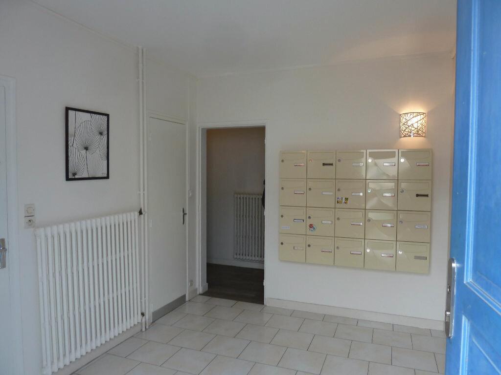 Appartement à louer 1 16.66m2 à Périgueux vignette-3