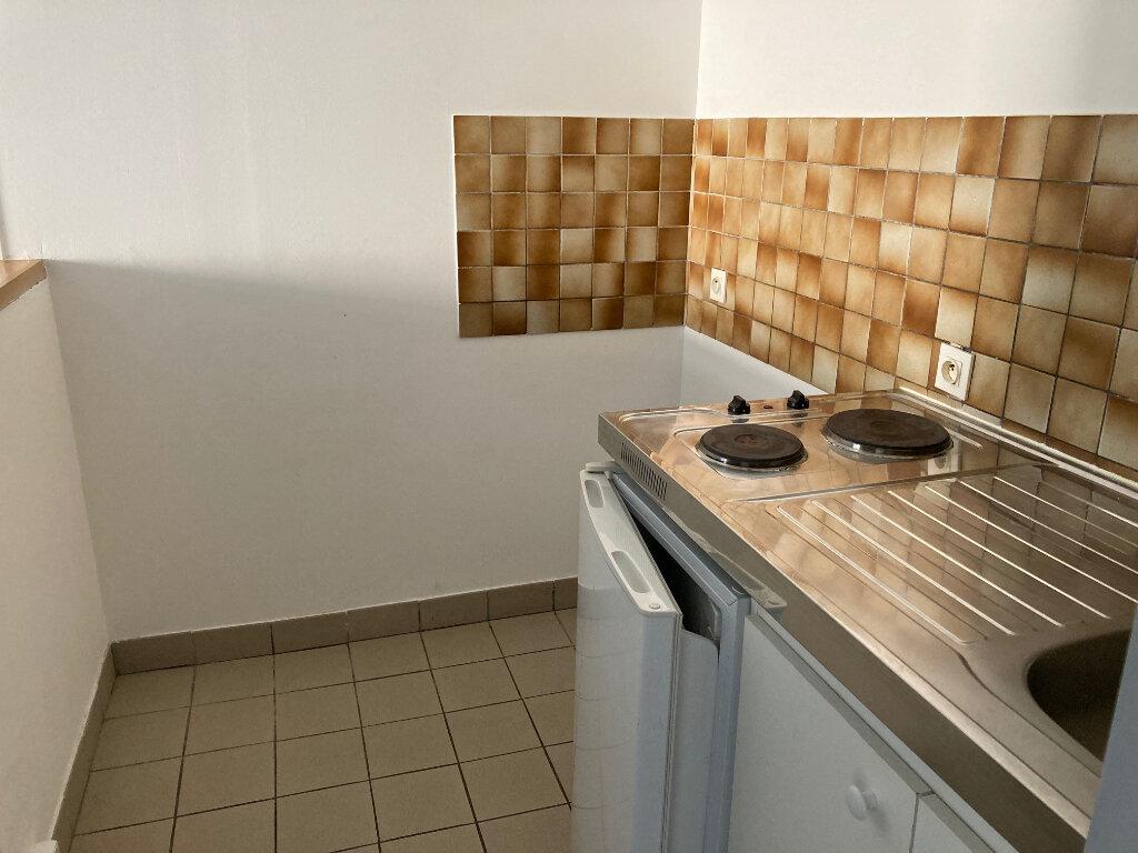 Appartement à louer 2 43m2 à Périgueux vignette-4