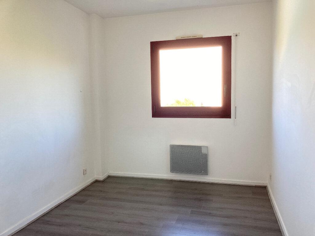 Appartement à louer 2 43m2 à Périgueux vignette-5