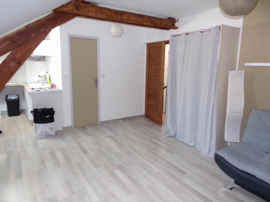 Appartement à louer 1 23.97m2 à Périgueux vignette-2