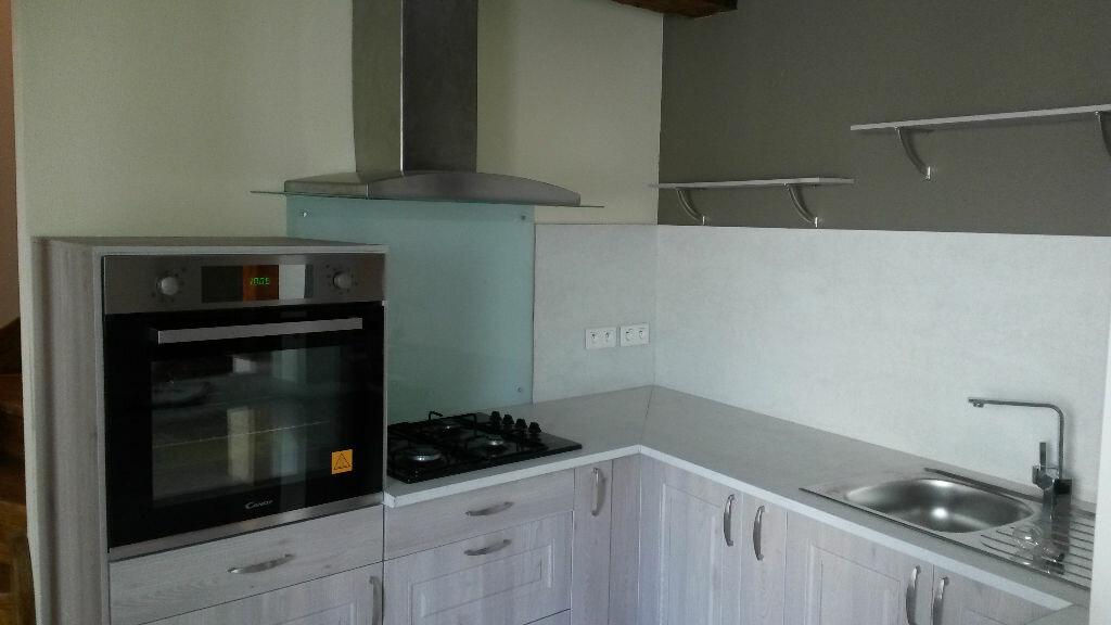 Appartement à louer 5 157m2 à Agonac vignette-1