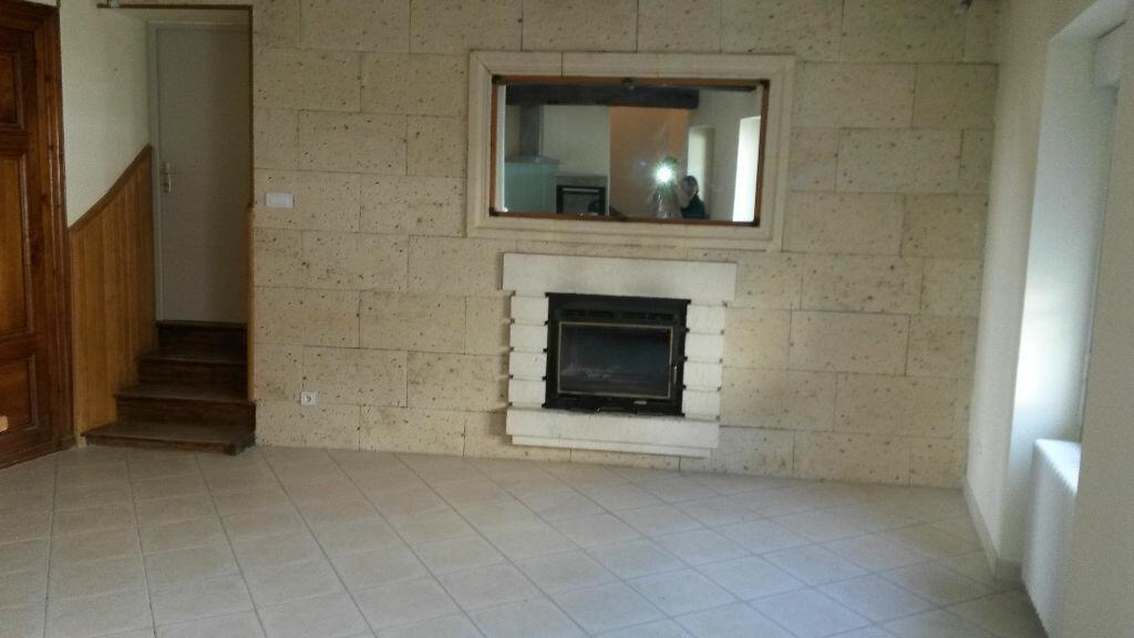 Appartement à louer 5 157m2 à Agonac vignette-2