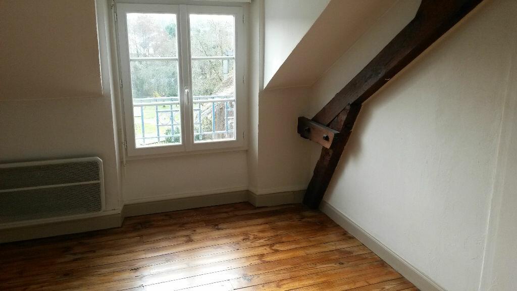 Appartement à louer 5 157m2 à Agonac vignette-4