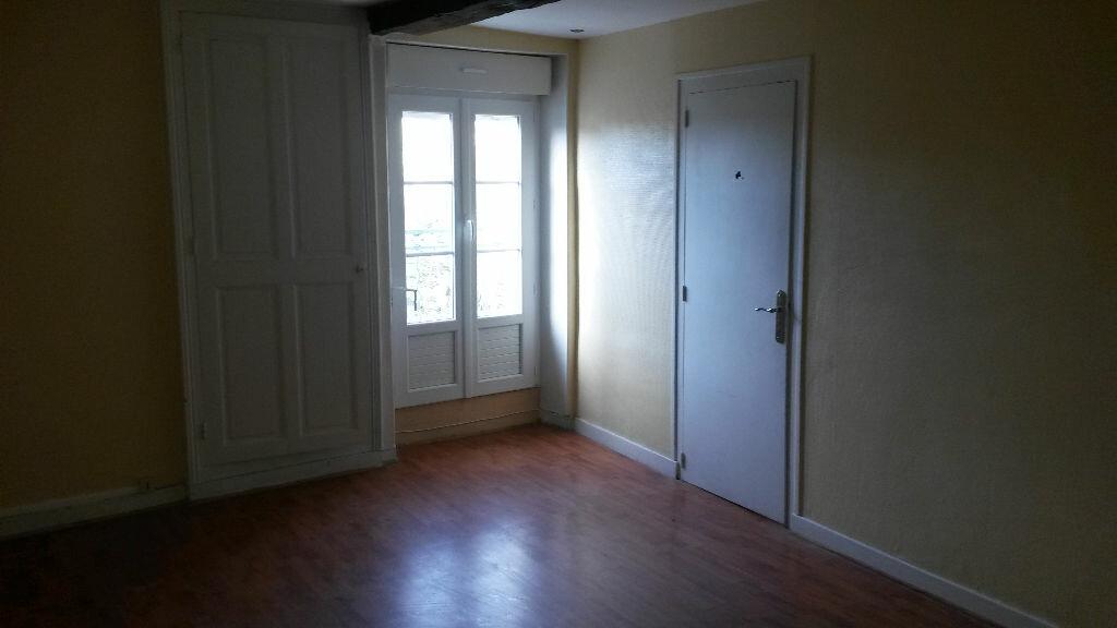 Appartement à louer 5 157m2 à Agonac vignette-10