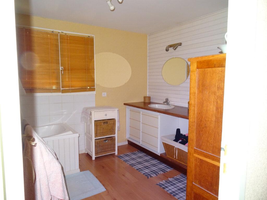 Maison à vendre 4 111m2 à Agonac vignette-3
