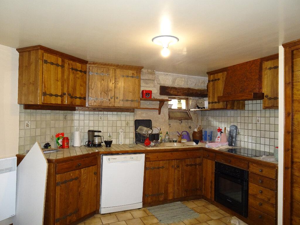 Appartement à vendre 3 121m2 à Périgueux vignette-3