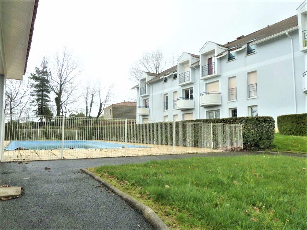 Appartement à louer 2 36m2 à Coulounieix-Chamiers vignette-1