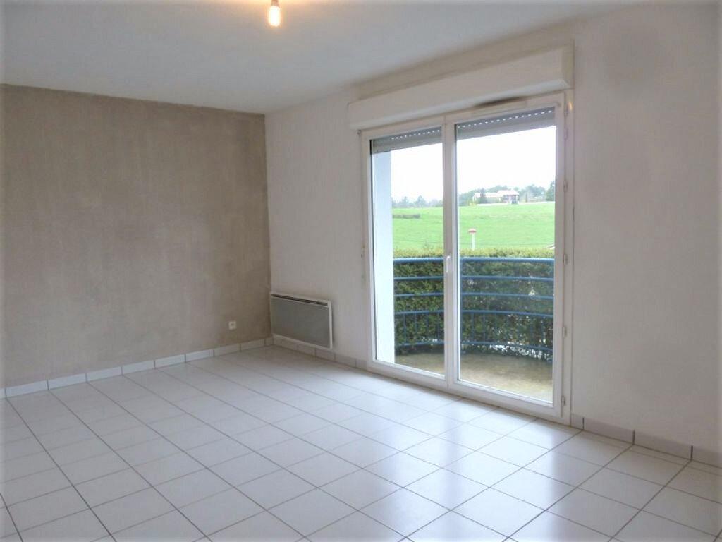 Appartement à louer 2 36m2 à Coulounieix-Chamiers vignette-2