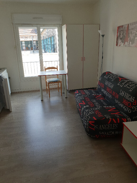 Appartement à louer 1 18.23m2 à Périgueux vignette-1