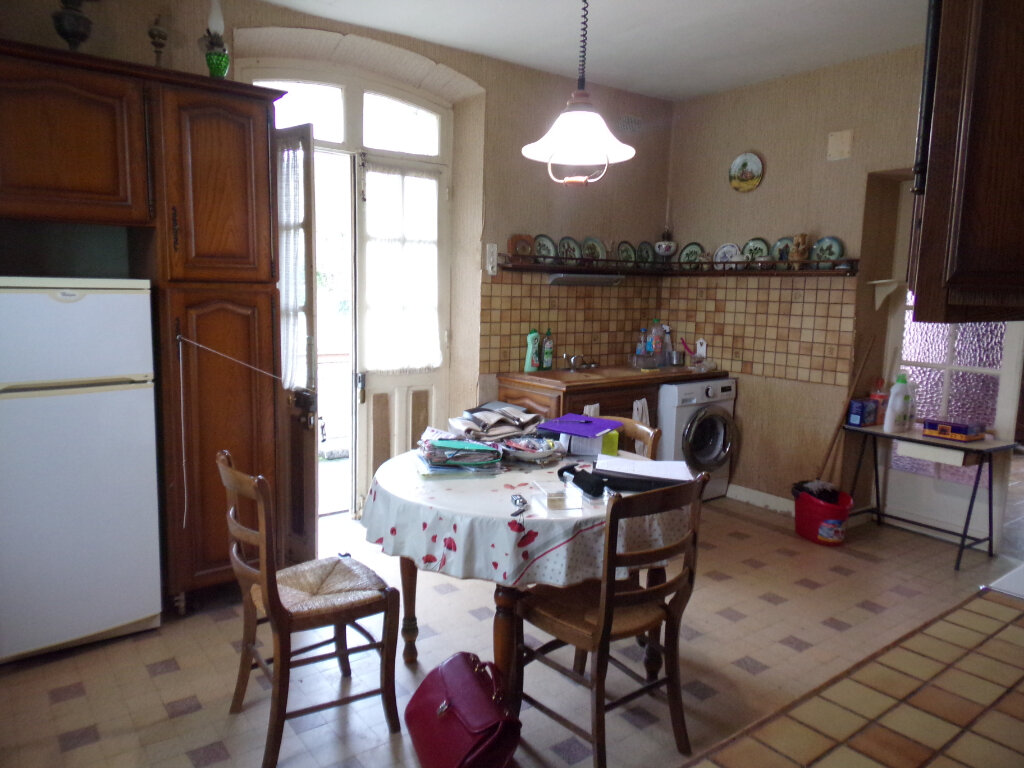Maison à vendre 5 92m2 à Château-l'Évêque vignette-2