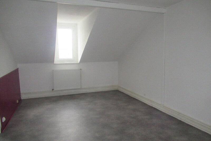 Appartement à louer 1 35m2 à Périgueux vignette-3