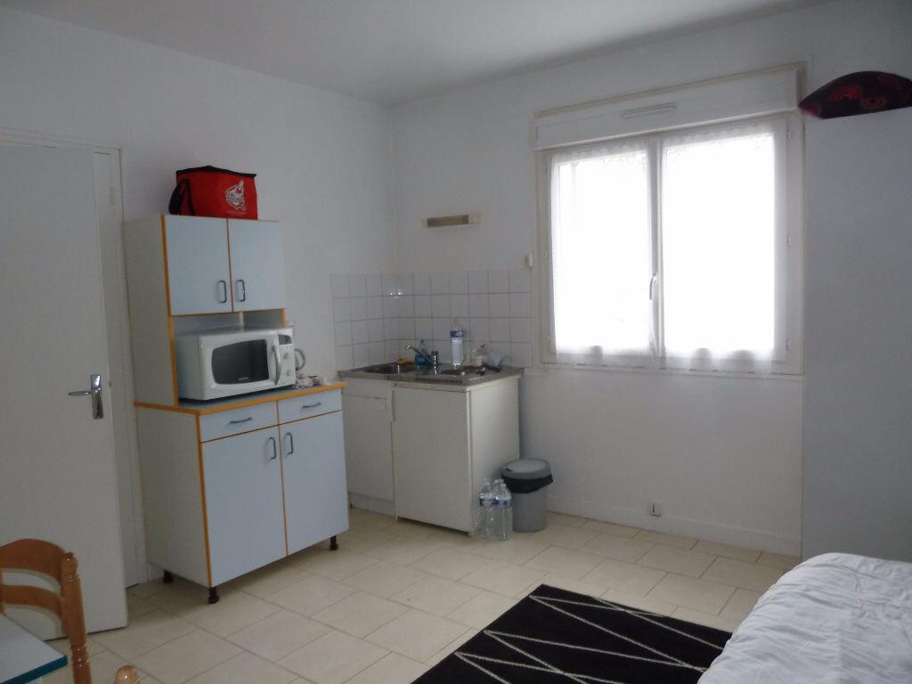 Appartement à louer 1 16.66m2 à Périgueux vignette-1