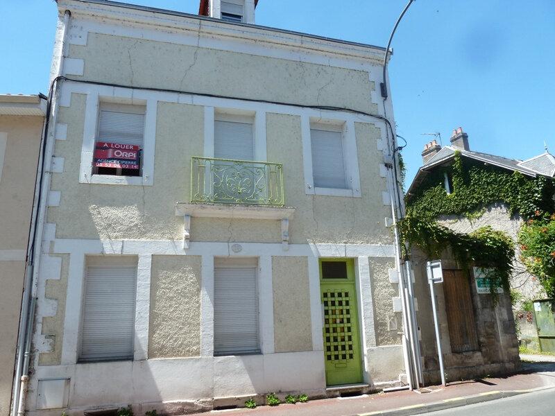 Appartement à louer 1 12.5m2 à Périgueux vignette-1