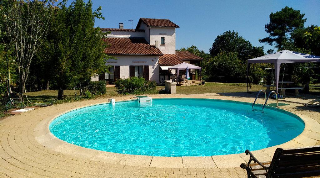 Maison à vendre 5 130m2 à Marsac-sur-l'Isle vignette-1