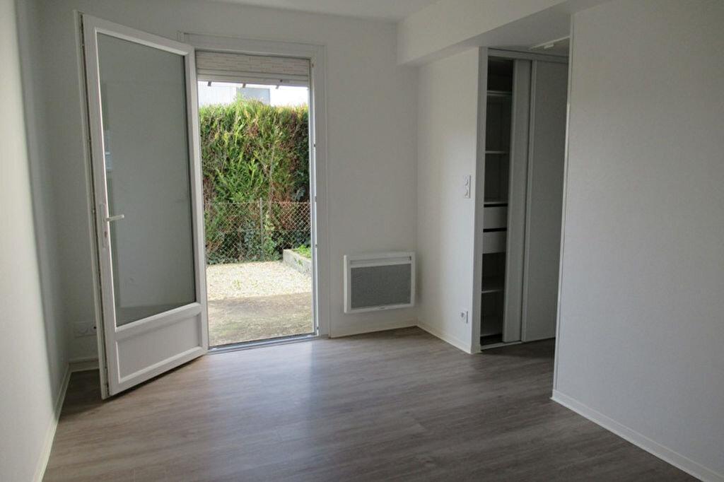 Appartement à louer 2 37.75m2 à Périgueux vignette-2