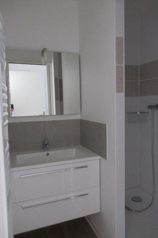 Appartement à louer 2 37.75m2 à Périgueux vignette-5
