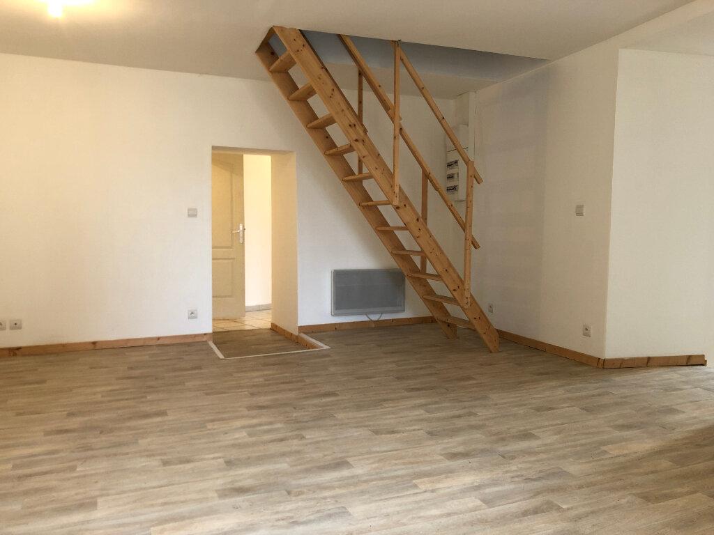 Maison à vendre 4 110m2 à Agonac vignette-2