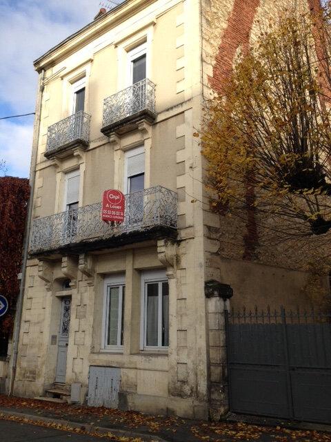 Appartement à louer 3 45m2 à Périgueux vignette-1