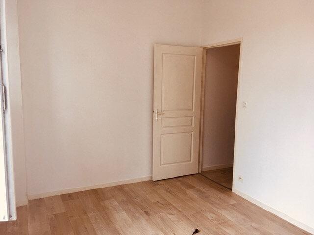 Appartement à louer 3 70m2 à Périgueux vignette-3