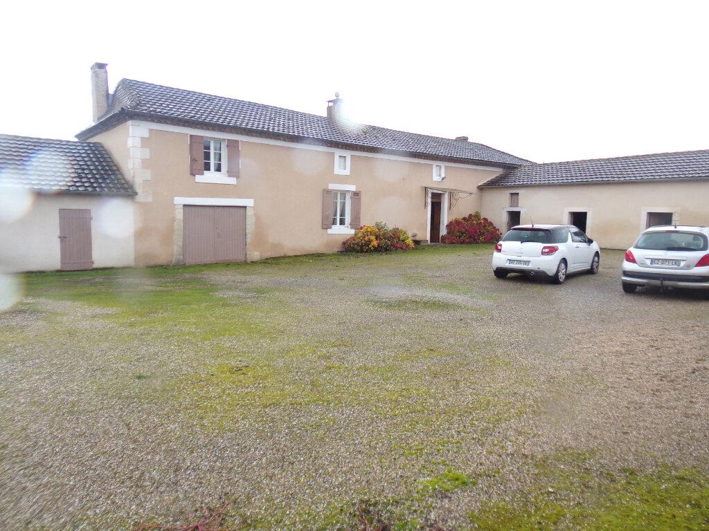 Maison à vendre 4 123m2 à Creyssensac-et-Pissot vignette-1