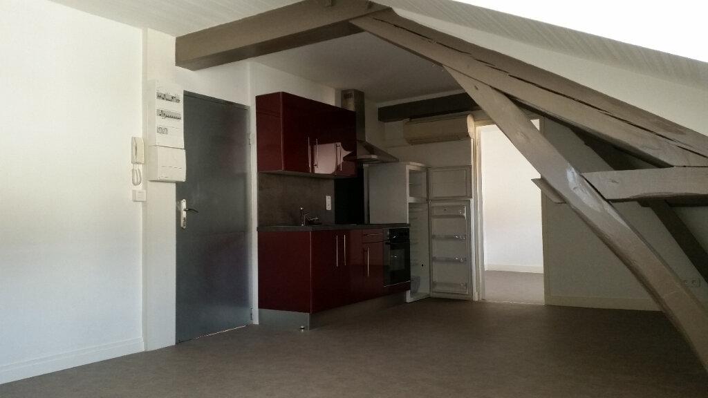 Appartement à louer 2 37m2 à Périgueux vignette-1