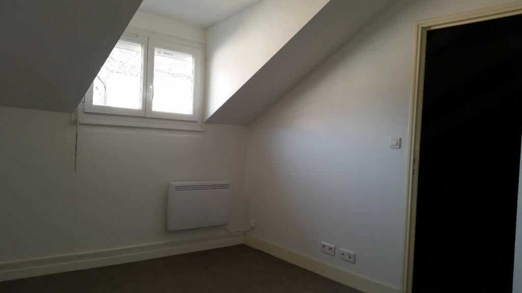 Appartement à louer 2 37m2 à Périgueux vignette-3