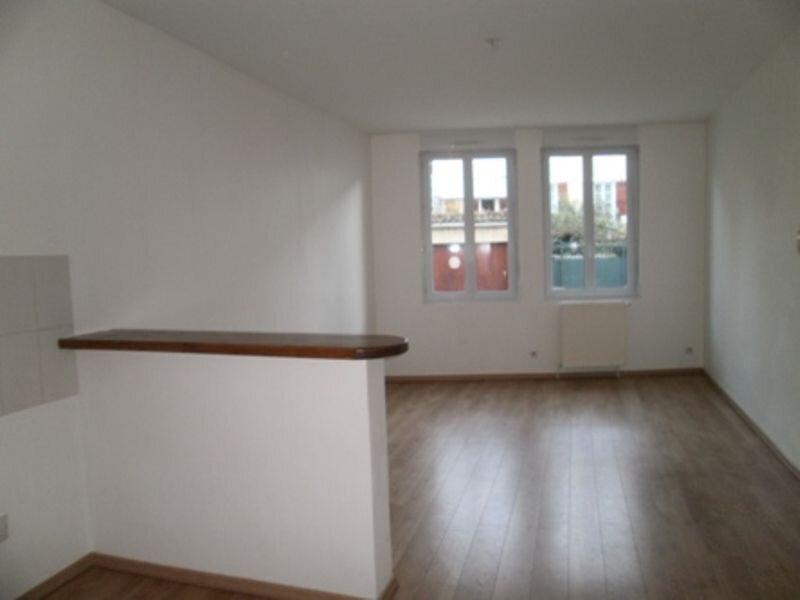 Appartement à louer 2 42m2 à Périgueux vignette-2