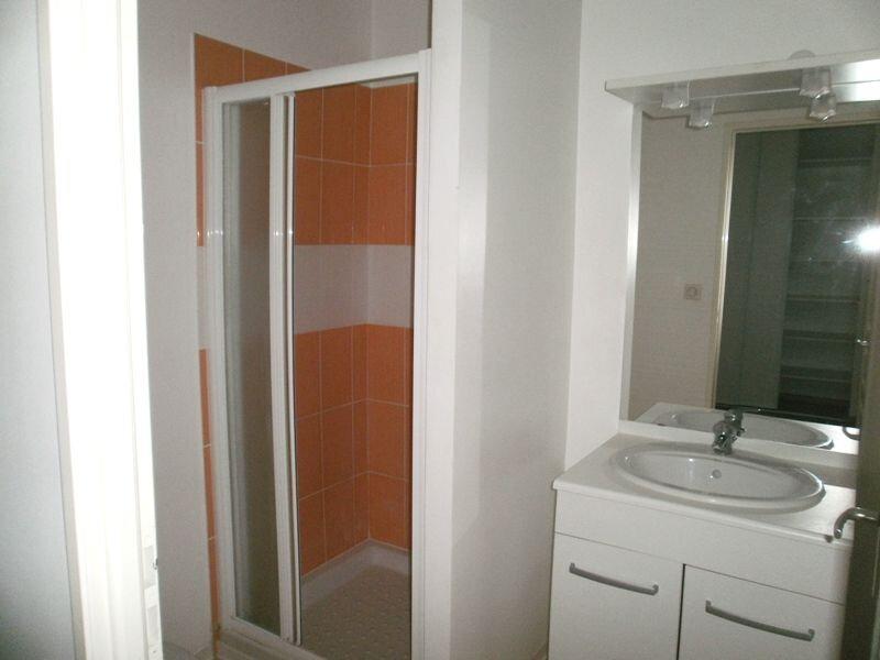 Appartement à louer 2 42m2 à Périgueux vignette-5