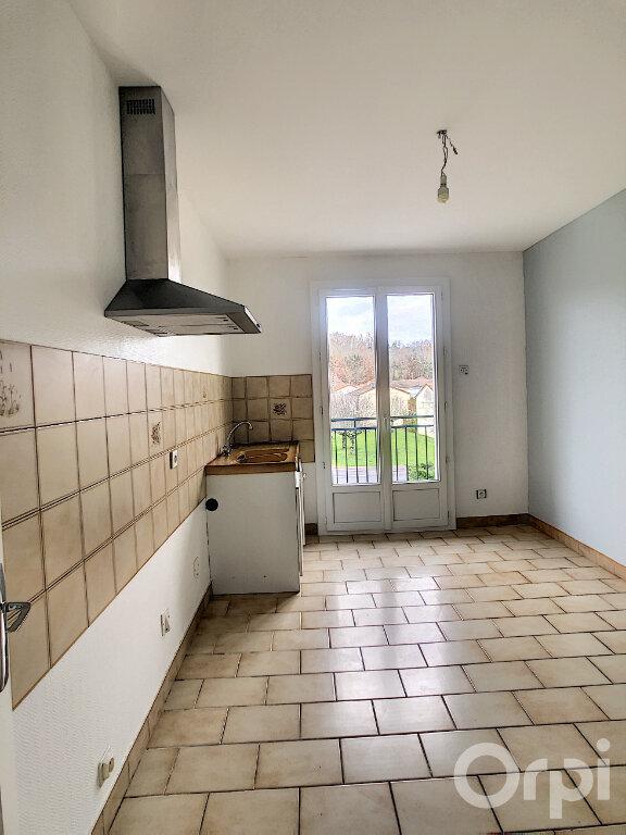 Appartement à louer 3 64.64m2 à Terrasson-Lavilledieu vignette-2