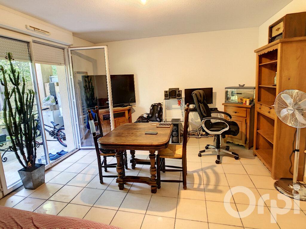 Appartement à vendre 2 34m2 à Terrasson-Lavilledieu vignette-1