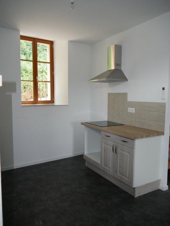 Appartement à louer 3 58m2 à Terrasson-Lavilledieu vignette-4