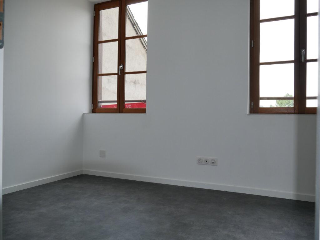 Appartement à louer 3 58m2 à Terrasson-Lavilledieu vignette-7