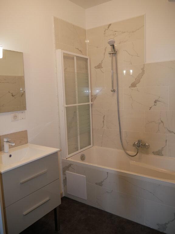 Appartement à louer 3 58m2 à Terrasson-Lavilledieu vignette-9