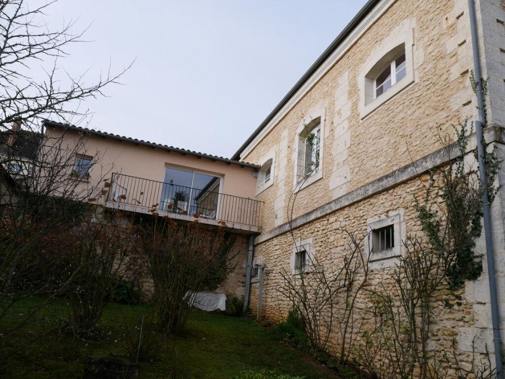 Maison à vendre 6 165m2 à Rouffignac-Saint-Cernin-de-Reilhac vignette-4