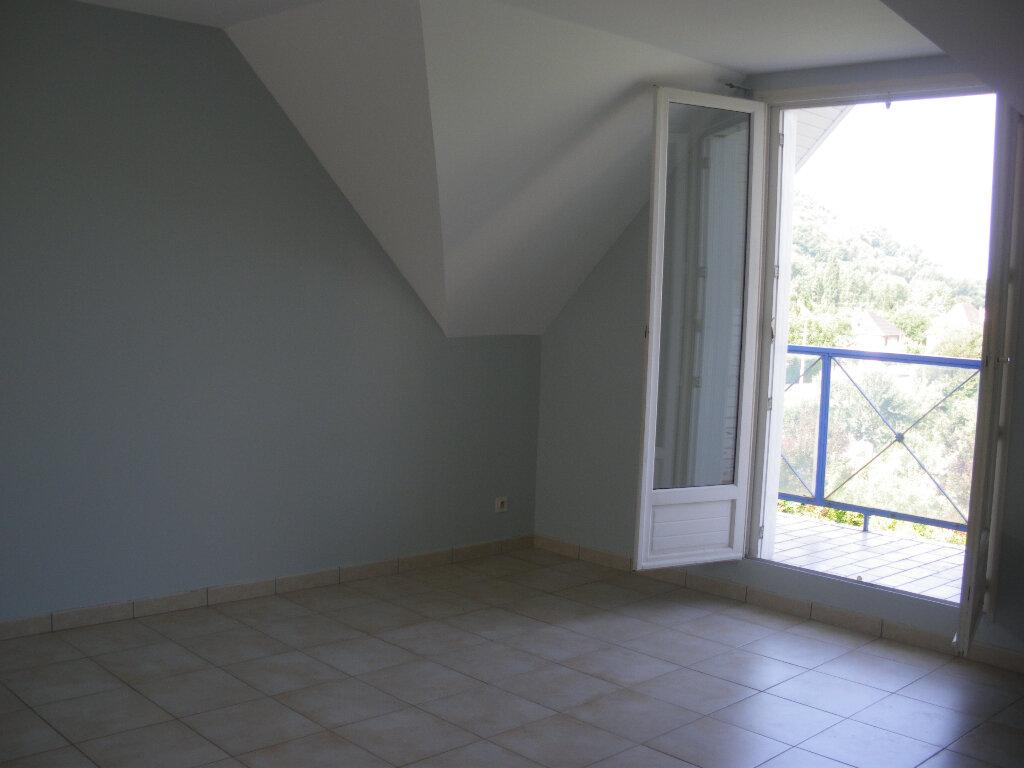 Appartement à louer 2 56m2 à Terrasson-Lavilledieu vignette-1