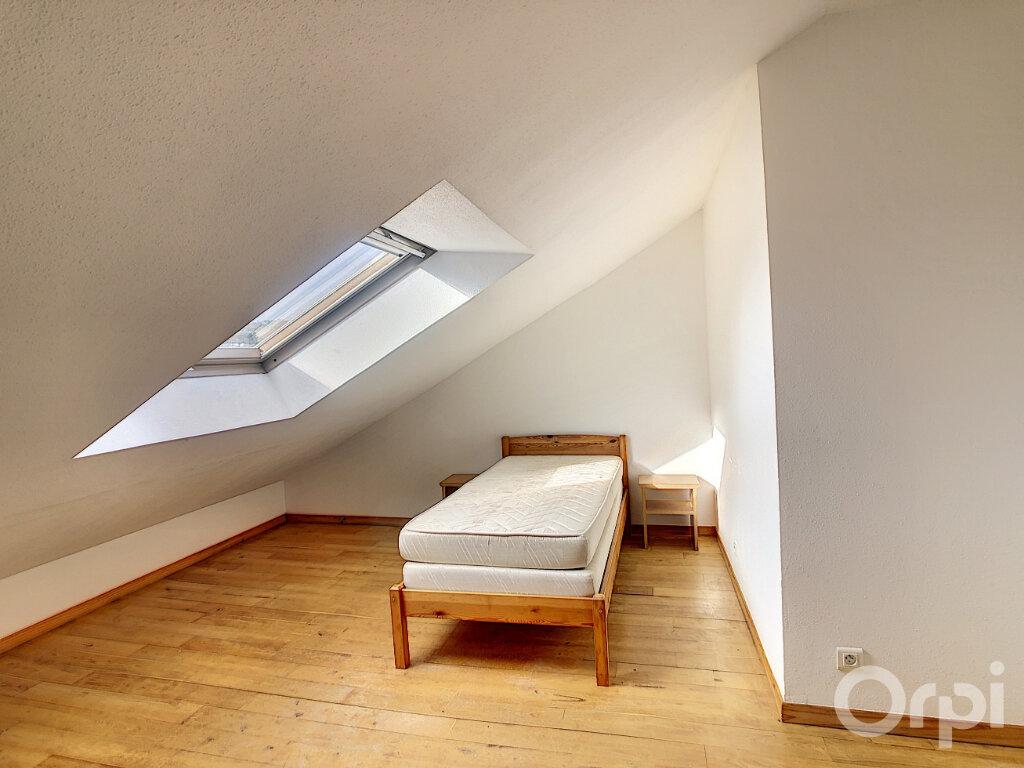 Appartement à louer 4 81m2 à Terrasson-Lavilledieu vignette-3