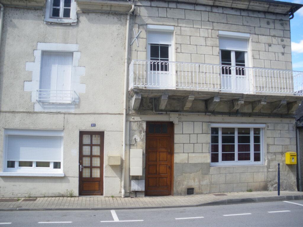 Appartement à louer 3 69m2 à Terrasson-Lavilledieu vignette-1