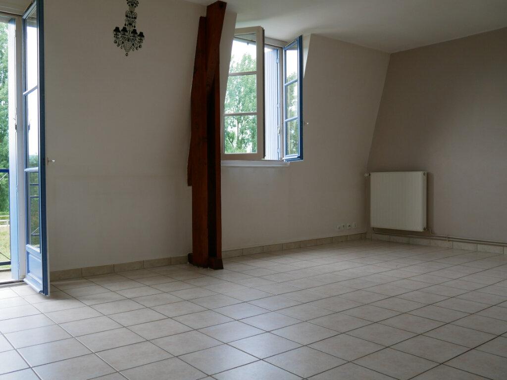 Appartement à louer 3 71.75m2 à Terrasson-Lavilledieu vignette-2