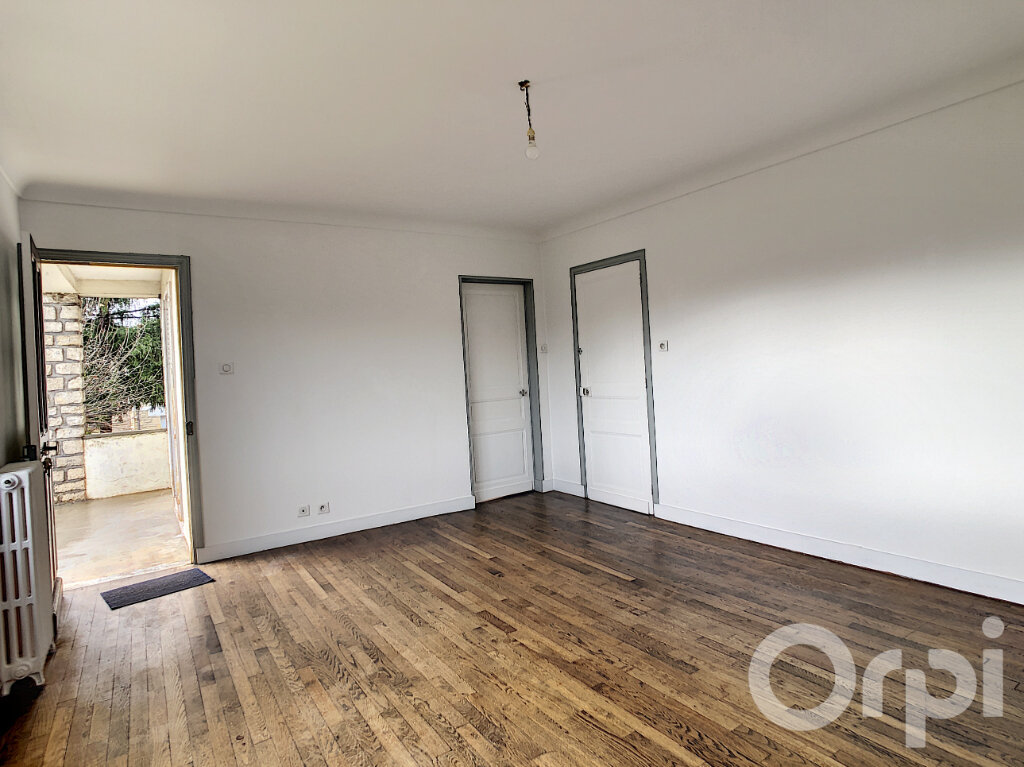 Maison à louer 3 81.89m2 à Montignac vignette-3