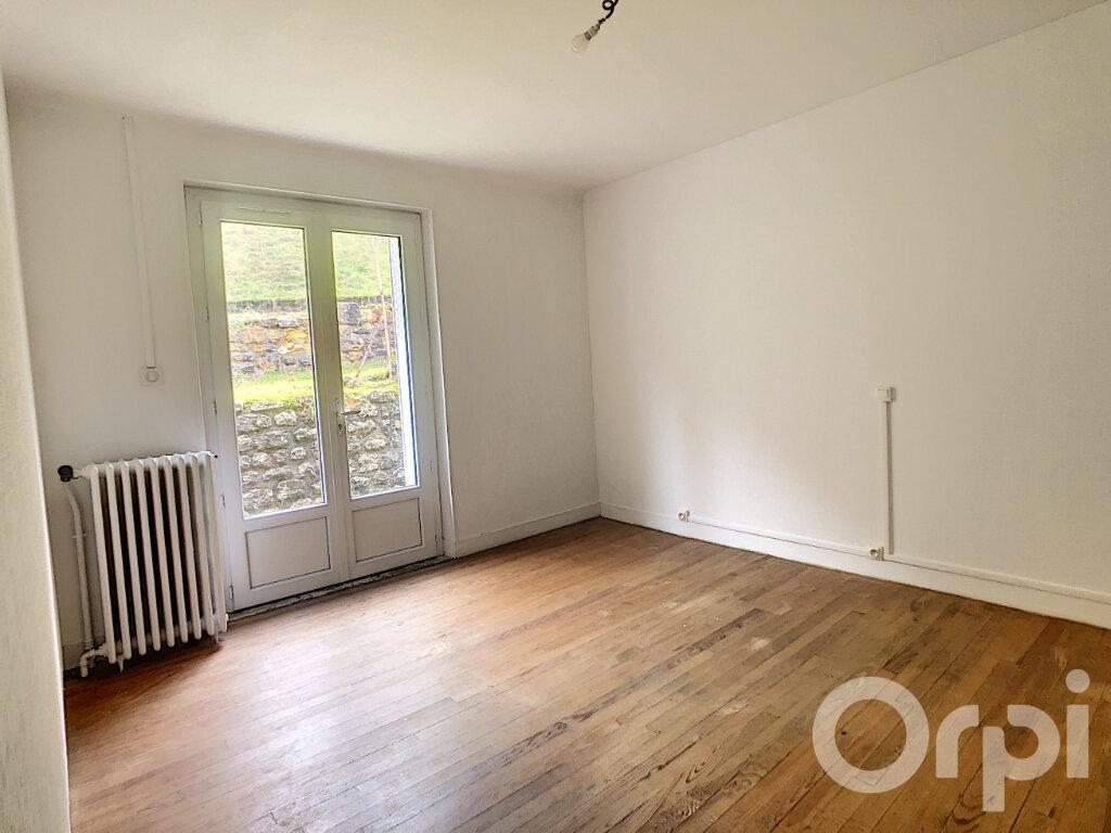 Maison à louer 3 81.89m2 à Montignac vignette-5