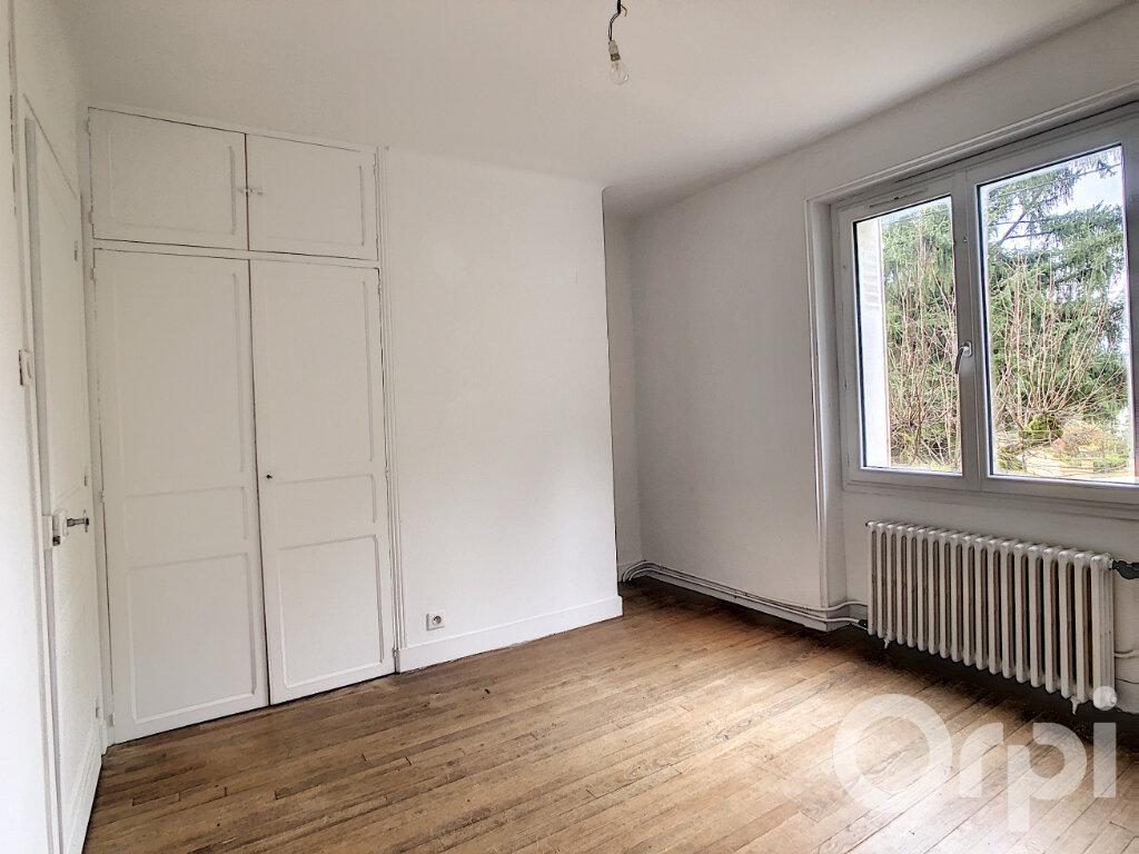 Maison à louer 3 81.89m2 à Montignac vignette-6