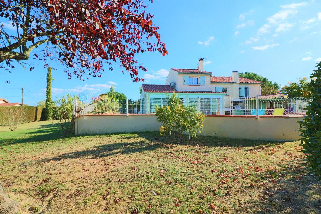 Maison à vendre 5 120m2 à Fronton vignette-6