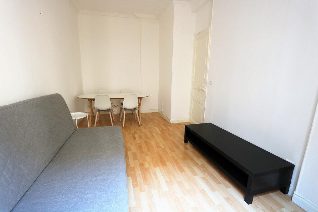 Appartement à louer 2 39.9m2 à Nice vignette-2