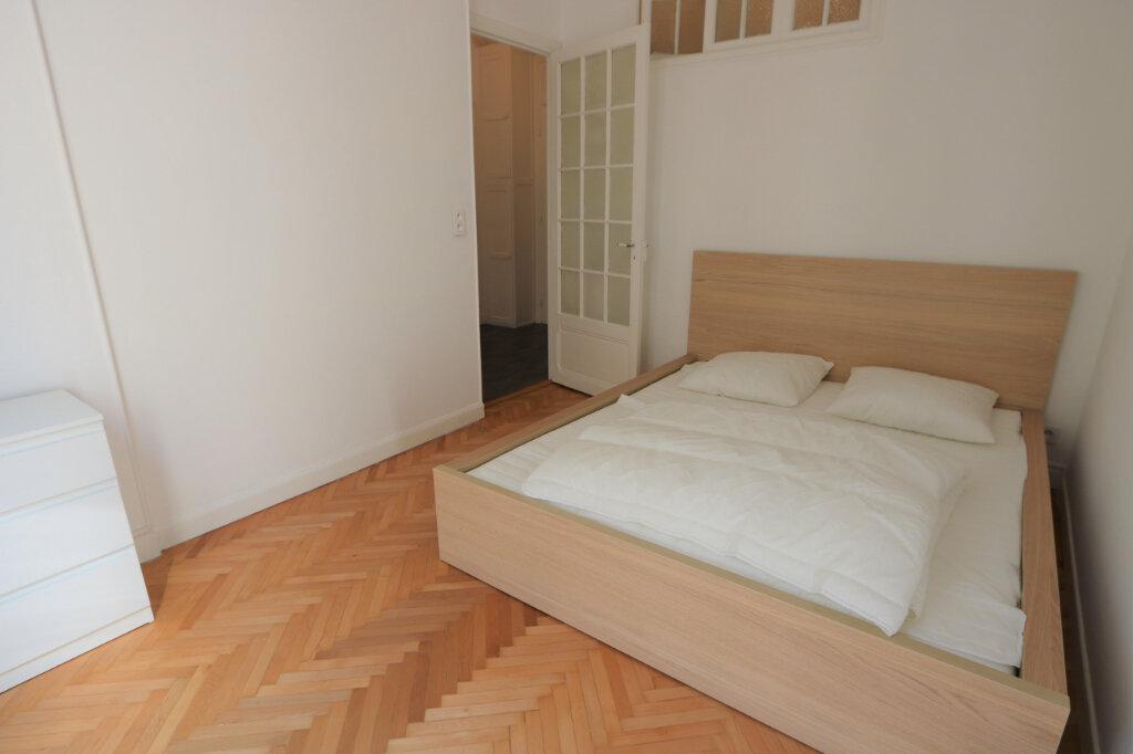 Appartement à louer 2 39.9m2 à Nice vignette-3