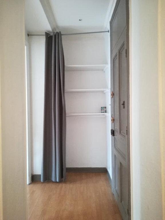 Appartement à louer 4 82m2 à Nice vignette-5